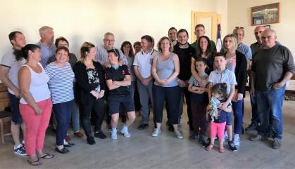 Cliche 1 Le VAHB félicité a la mairie de Sancoins